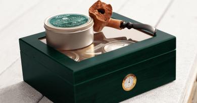 Fajka na tabak a skladovacie nádoby na tabak a tabakové výrobky, plechovka, humidor