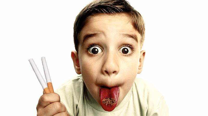 dieťa s cigaretami