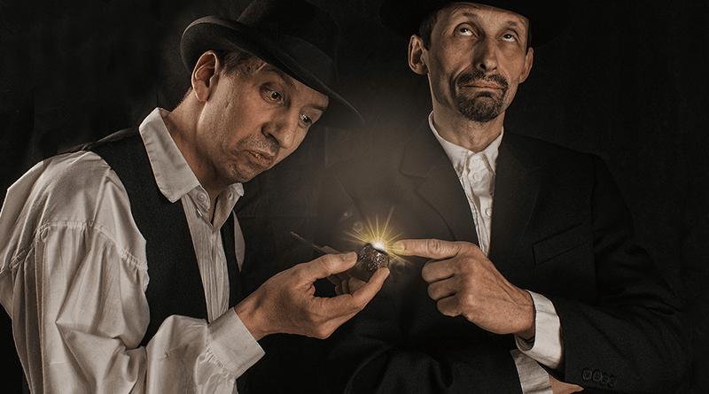 veselí muži s fajkou