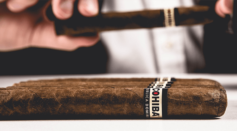 Cigary Cohiba na Stole