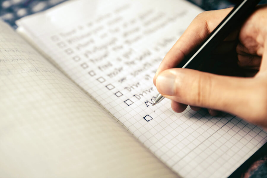 Ilustračný obrázok - písanie zoznamu